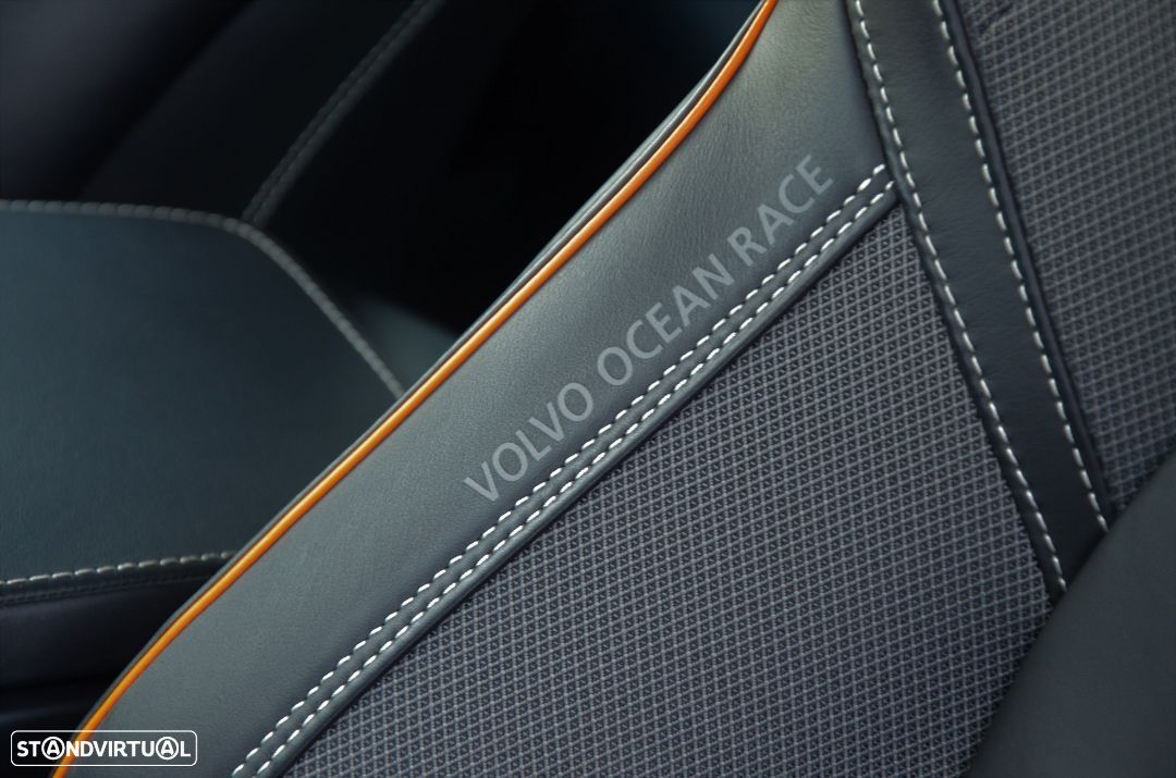 Volvo V90 Cross Country D5 AWD Volvo Ocean Race Geartronic - 13