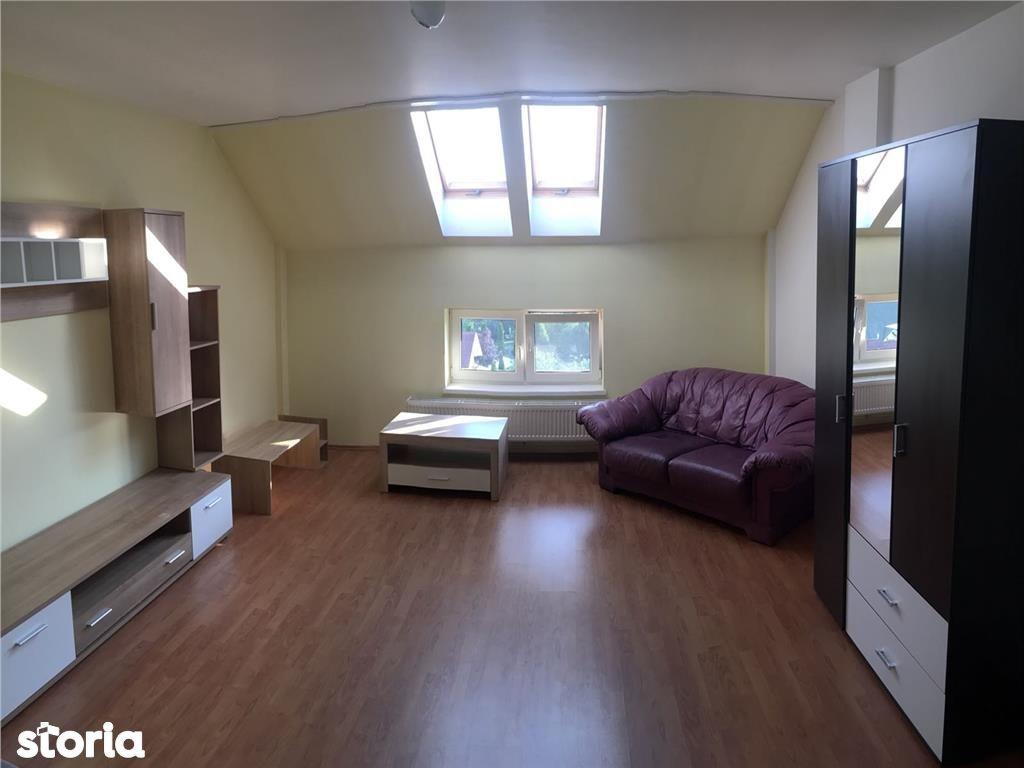 Apartament de inchiriat, Bistrița-Năsăud (judet), Strada Aviator Berbecariu Mihai - Foto 1