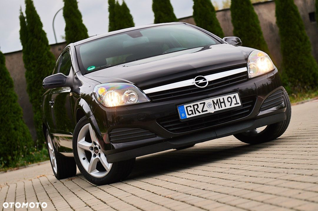 opel astra gtc coupe