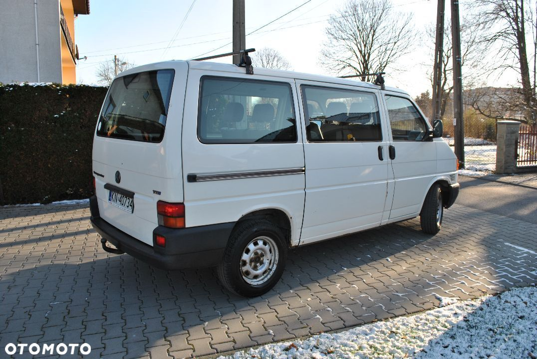 Volkswagen Transporter T4 2.5 TDI 9 osobowy - 3