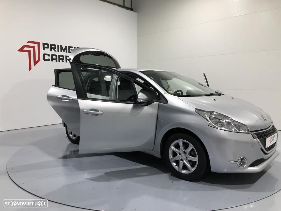Peugeot 208 1.4 HDI Active - 19