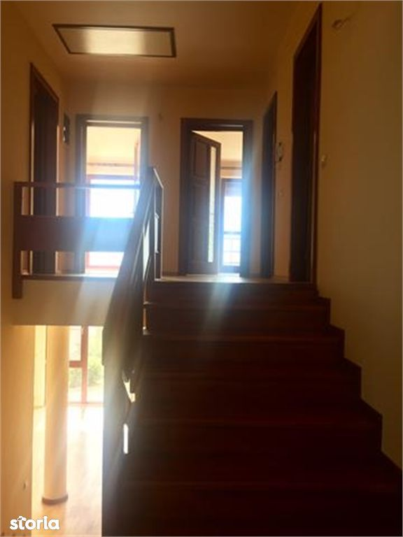 Casa de vanzare, Argeș (judet), Strada Vila Florica - Foto 6