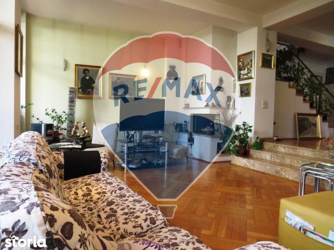Casa de vanzare, București (judet), Strada Inginer Dumitru Zosima - Foto 1