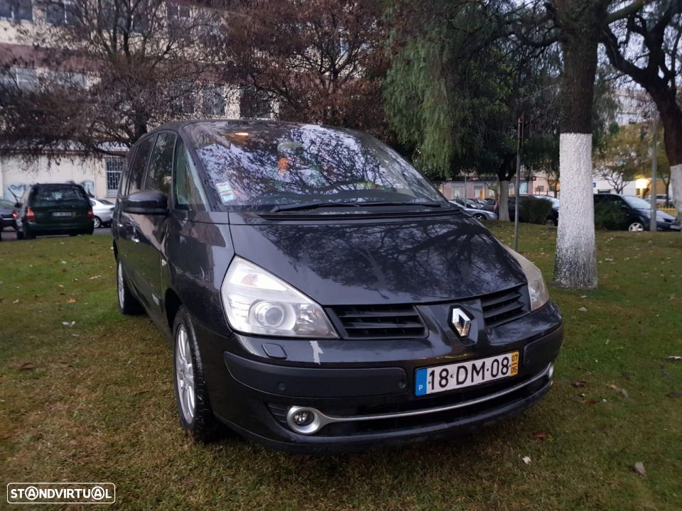 Renault Grand Espace 2200 dci DYNAMIC - 2