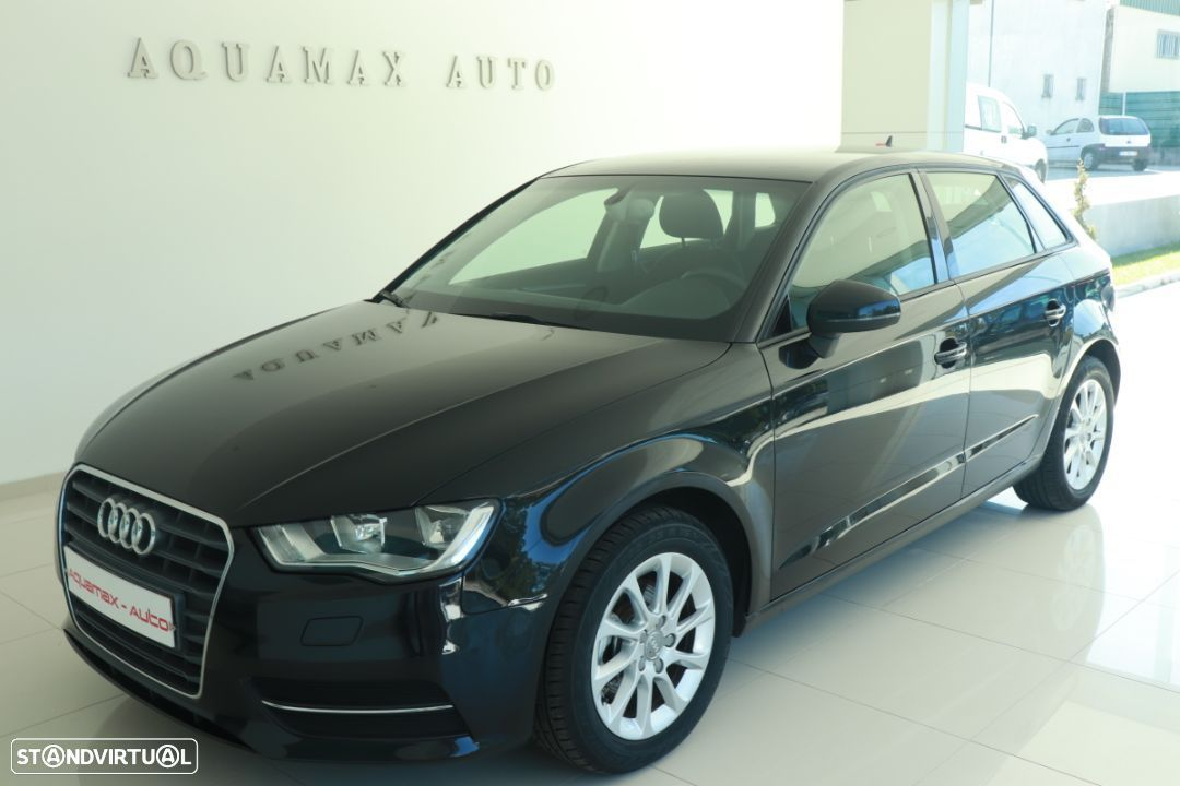 Audi A3 Sportback 1.6 TDi Attraction Ultra - 1