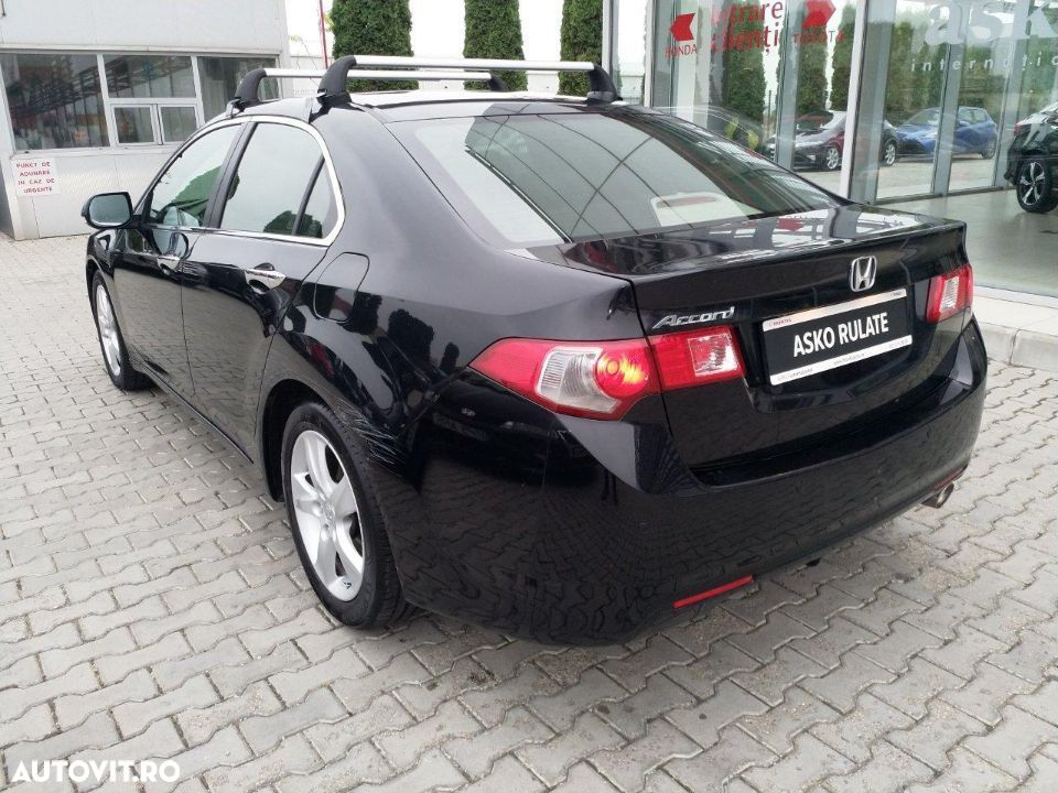 Honda Accord - 2