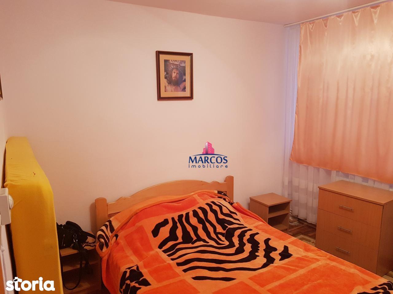 Apartament de vanzare, Caraș-Severin (judet), Reșița Română - Foto 7