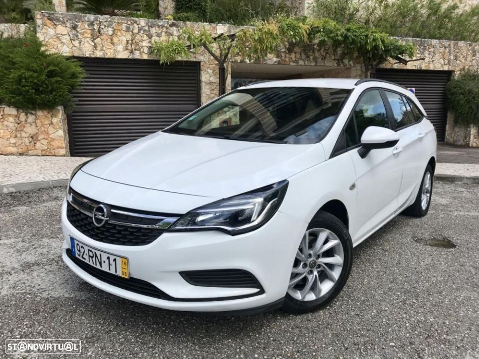 Opel Astra Sports Tourer 1.6 CDTi Executive S/S - 2