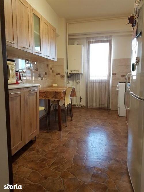 Apartament de vanzare, Brașov (judet), Strada Mihail Kogălniceanu - Foto 2