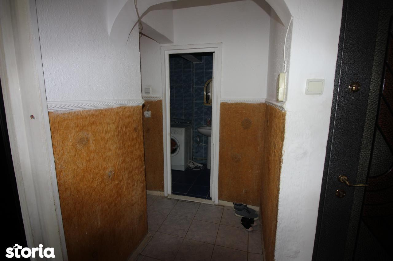 Apartament de vanzare, Bacău (judet), Centru - Foto 13