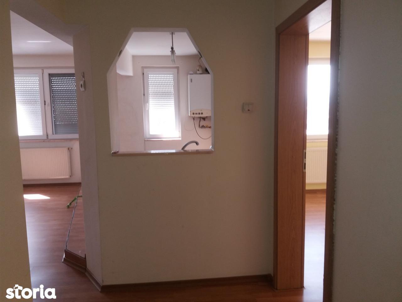 Apartament de inchiriat, Hunedoara (judet), Hunedoara - Foto 6
