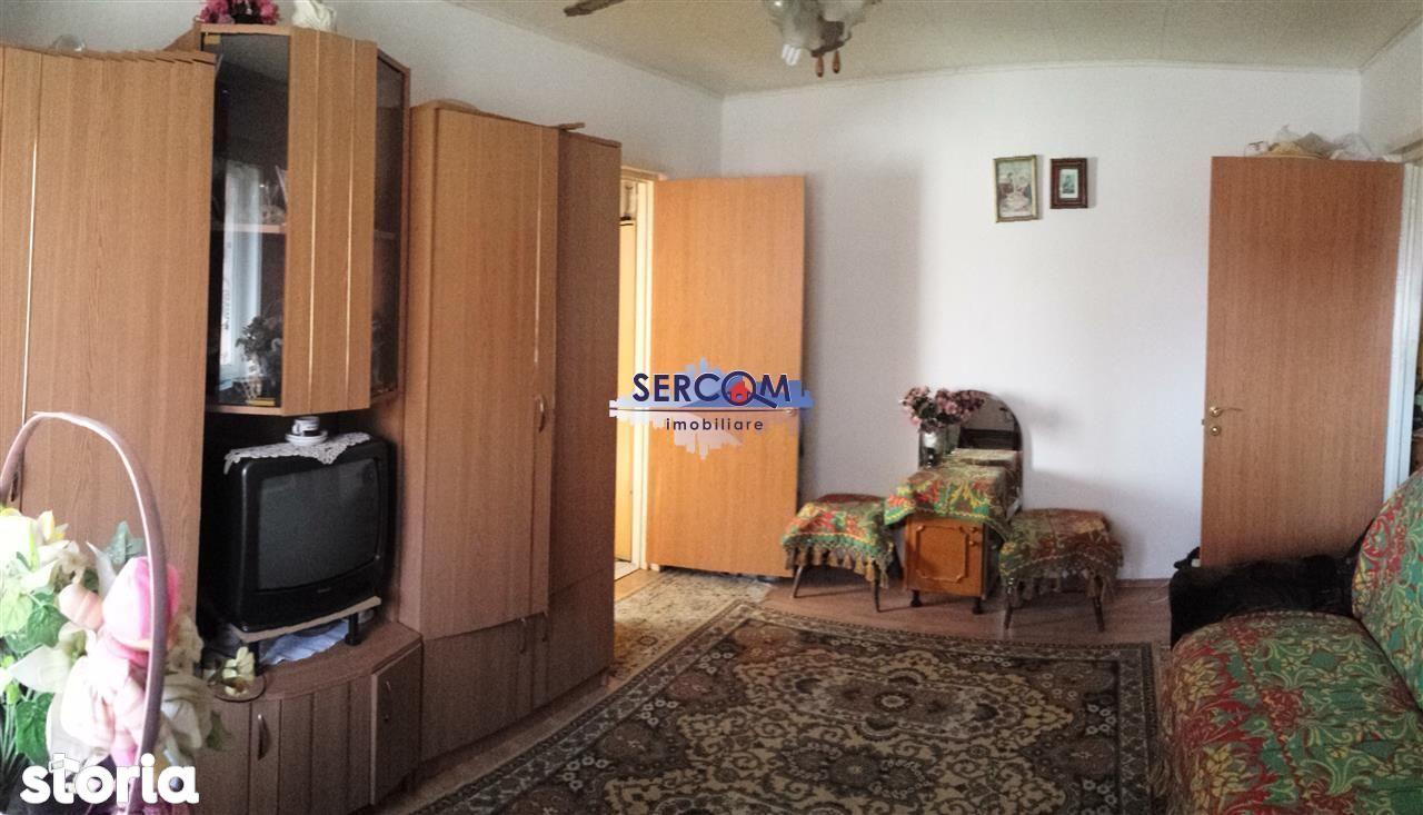 Apartament de vanzare, Brasov, Florilor - Foto 1