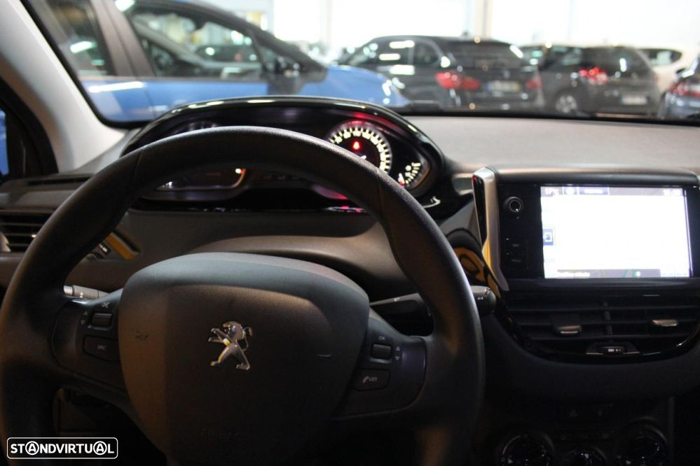 Peugeot 208 1.4 hdi active - 9