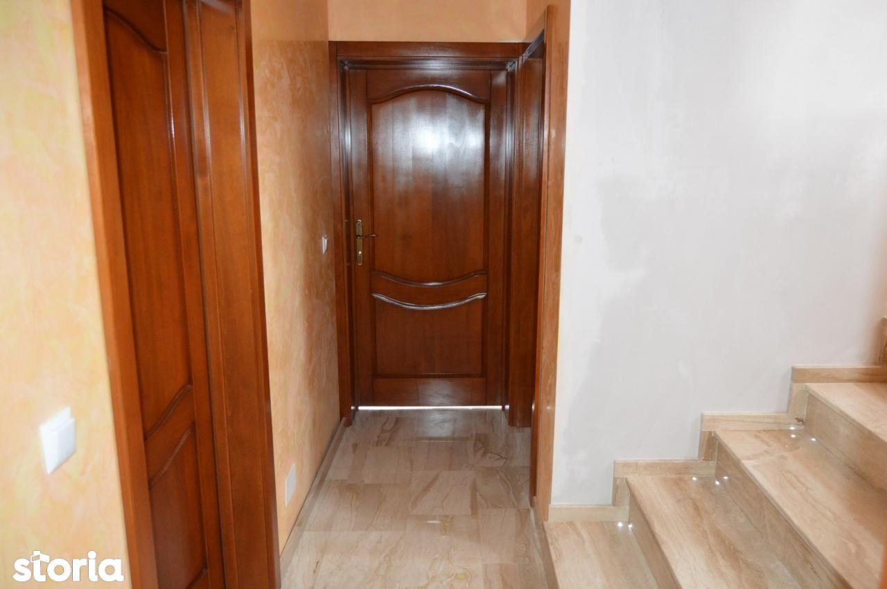 Casa de vanzare, Bihor (judet), Oradea - Foto 4