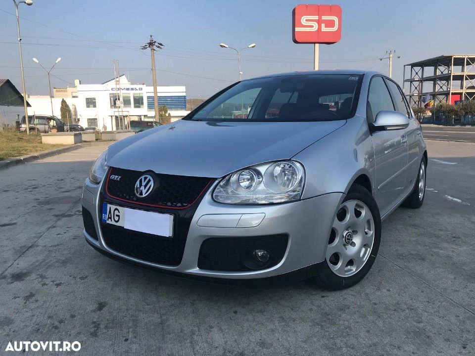 Volkswagen Golf V 1