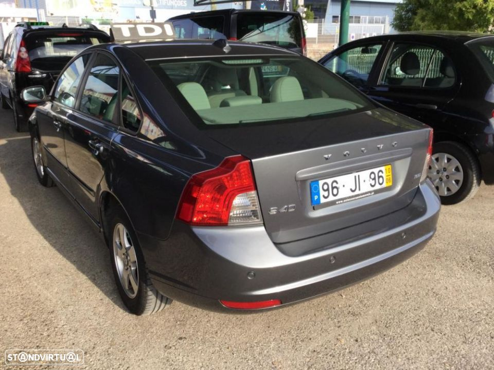 Volvo S40 1.6 D Drive - 4