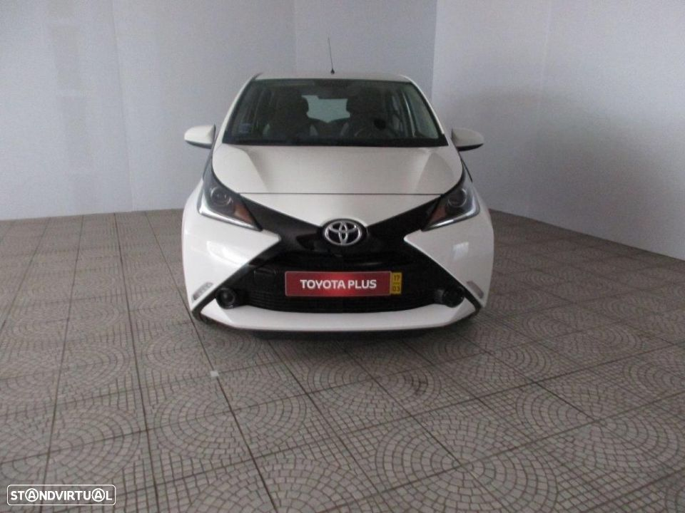 Toyota Aygo 5P 1.0 x-play + AC + x-touch - 8