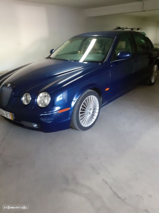 Jaguar S-Type 2.7D - 20
