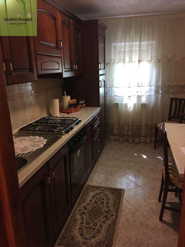 Apartament de vanzare, Focsani, Vrancea - Foto 8