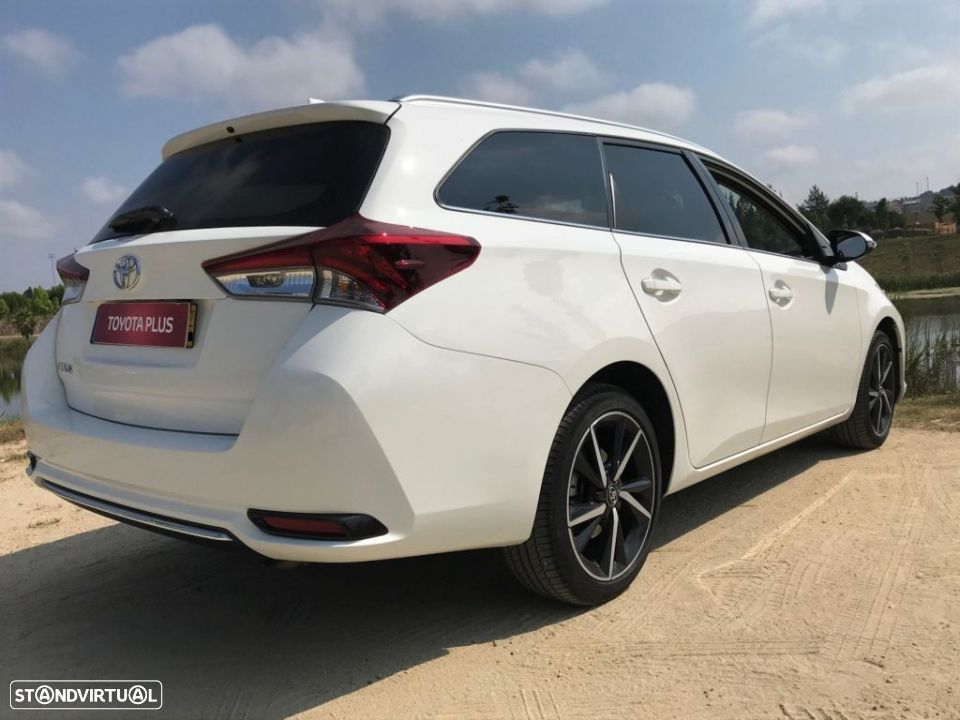 Toyota Auris Touring Sports 1.4D Comfort Pack Techno Pack Sport TS - 4