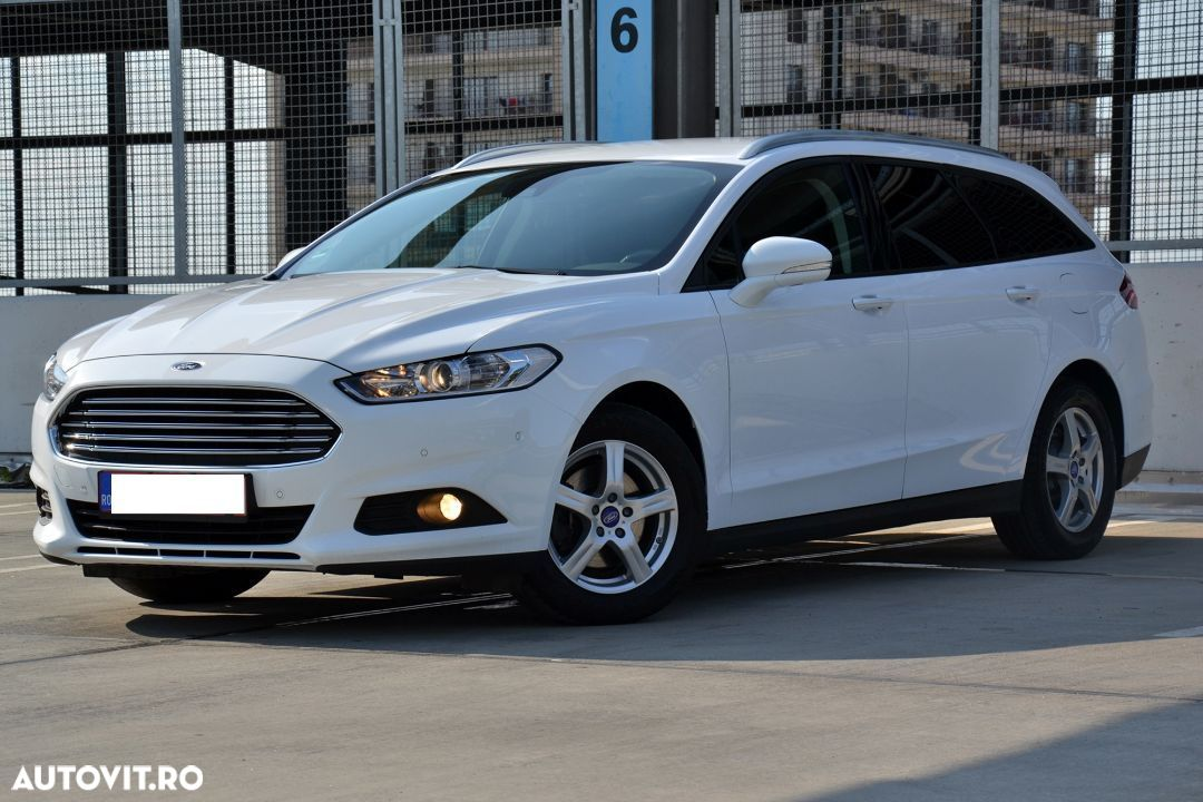 Ford Mondeo Mk5 - 1
