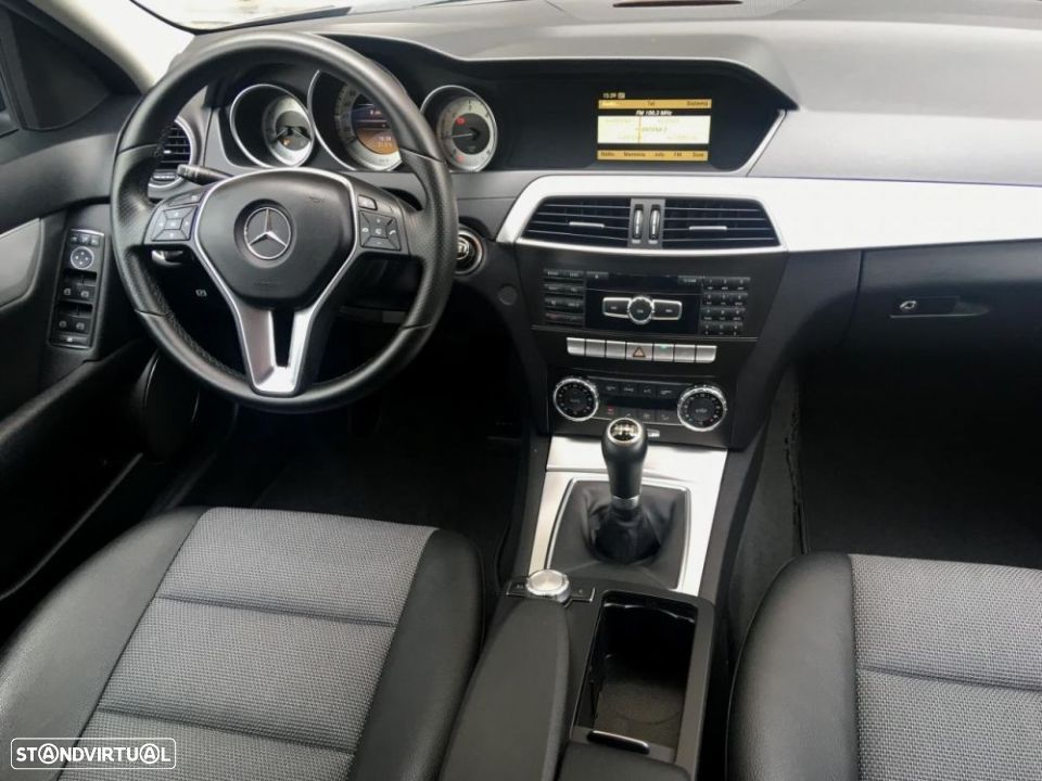 Mercedes-Benz C 220 CDi Avantgarde - 11
