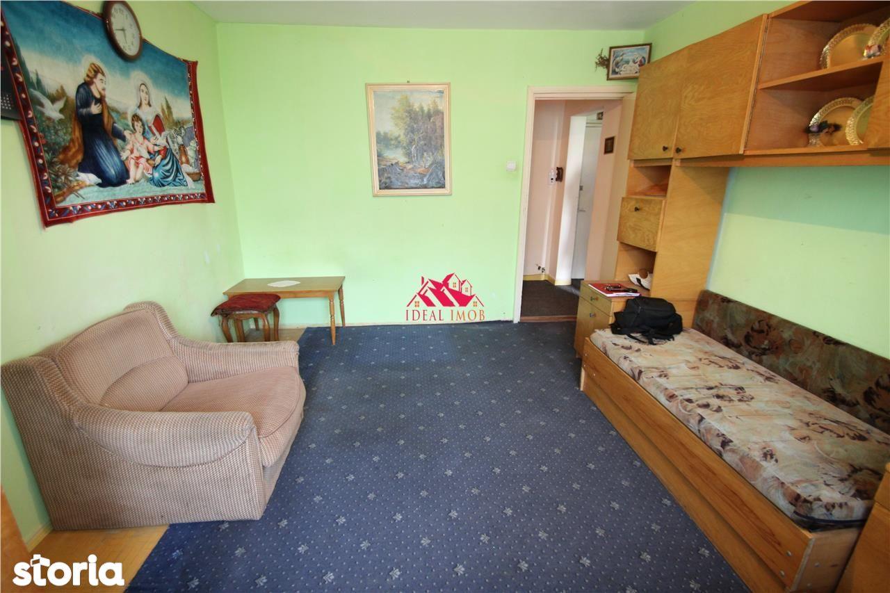 Apartament de vanzare, Bacau - Foto 1