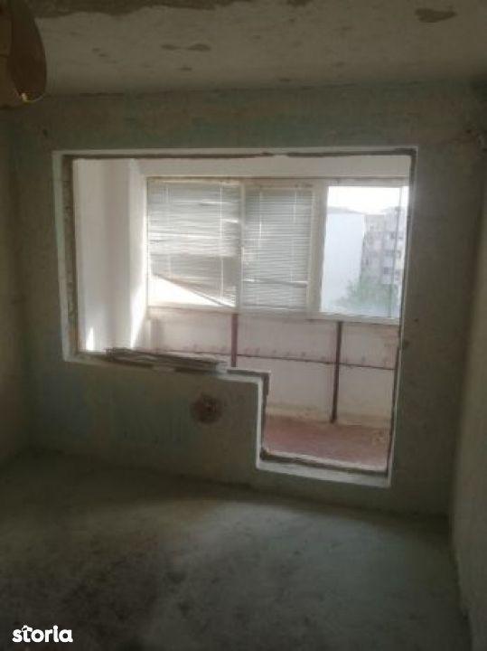 Apartament de vanzare, Tulcea (judet), Strada 1848 - Foto 2