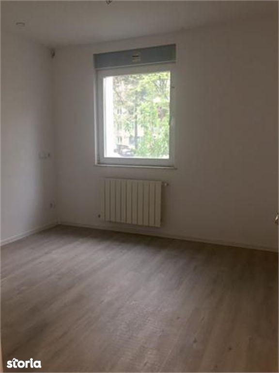Apartament de vanzare, Argeș (judet), Calea București - Foto 5