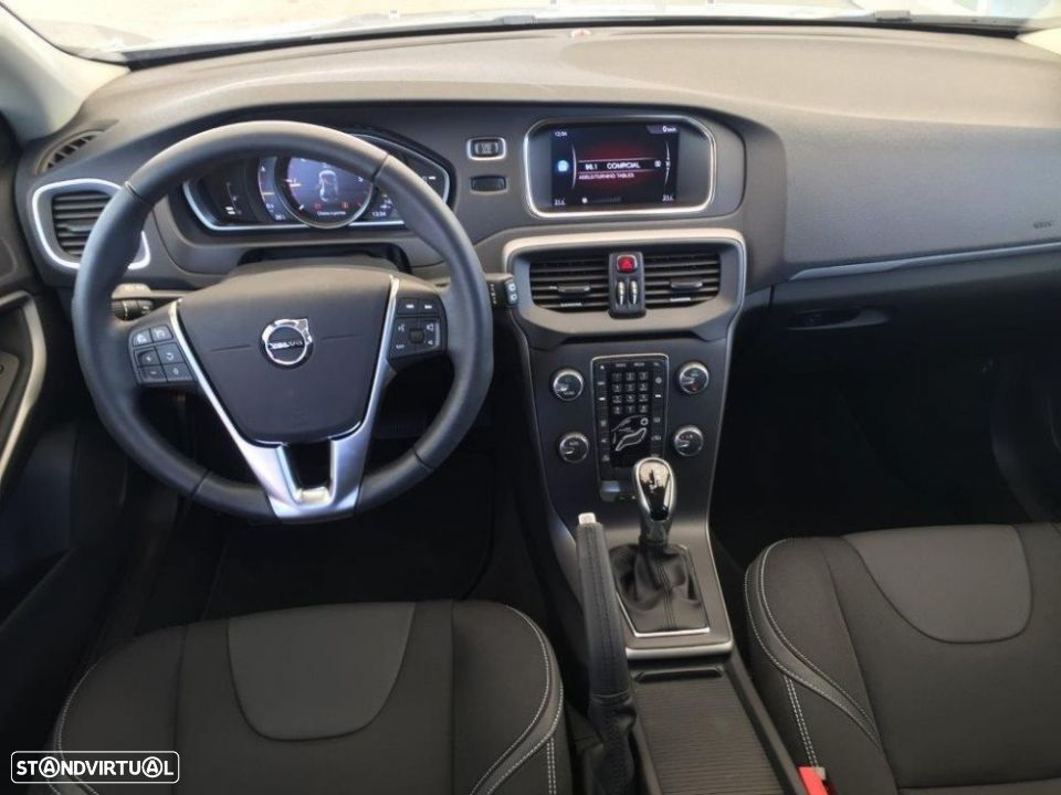 Volvo V40 2.0 d2 momentum geartronic - 9