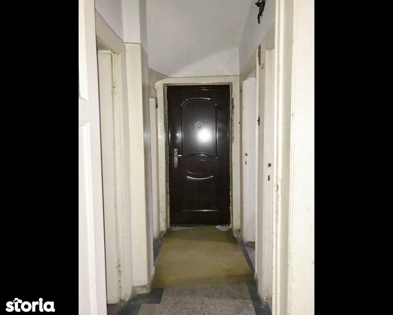 Casa de vanzare, București (judet), Strada Maior Ion Coravu - Foto 9