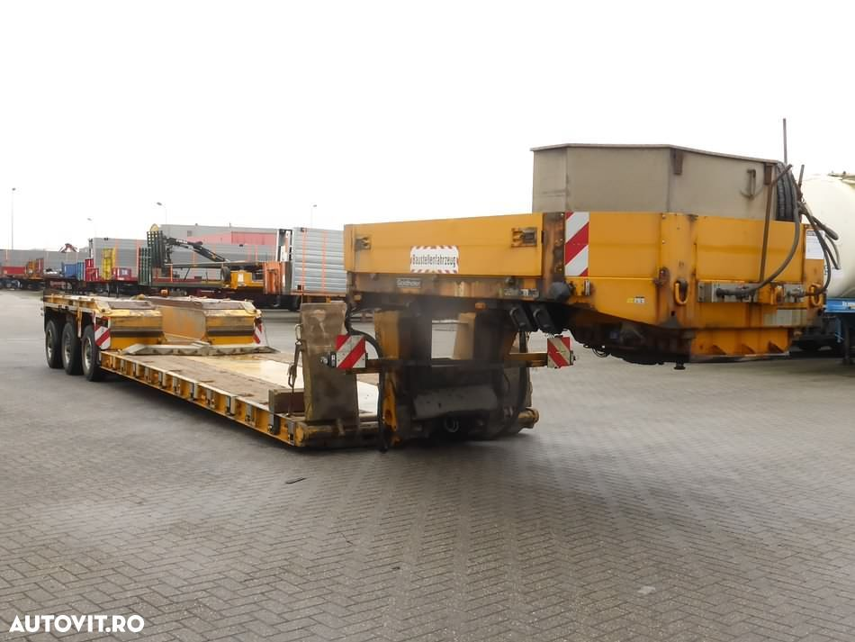 Goldhofer STHP/XLE 3 3X2 AXLES STEERING - 2