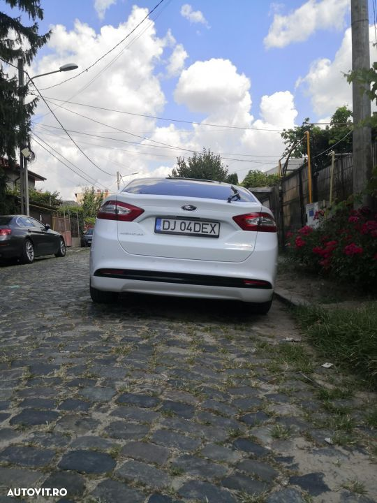 Ford Mondeo Mk5 - 12