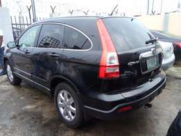 super clean honda crv First Body,Very sharp car, (toks standard)