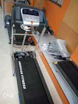 New treadmill 2hp with massager