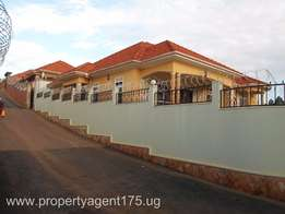 On Sale!! Kira 500m 5bedrooms 4bathrooms(sitted on 20 decimals) + aBoy