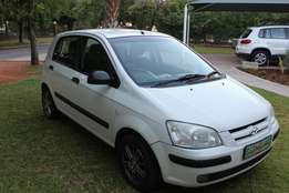 Hyundai getz White with Mags