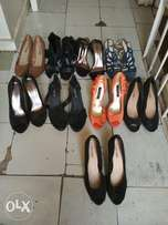 Selling 9 pairs of second hand shoes at 2300
