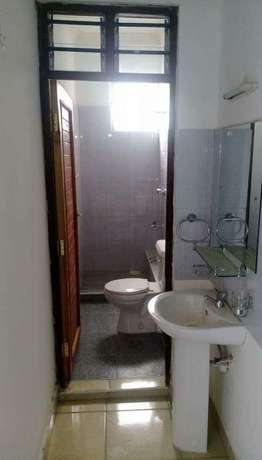 Smart two bedroom house at beacon to let Bamburi - image 7
