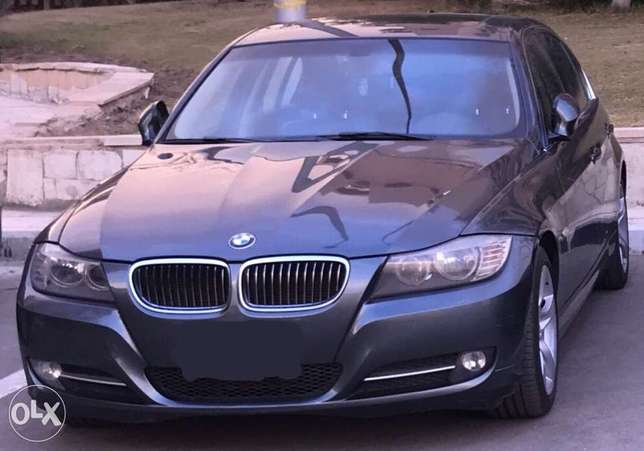 BMW 320i used like new