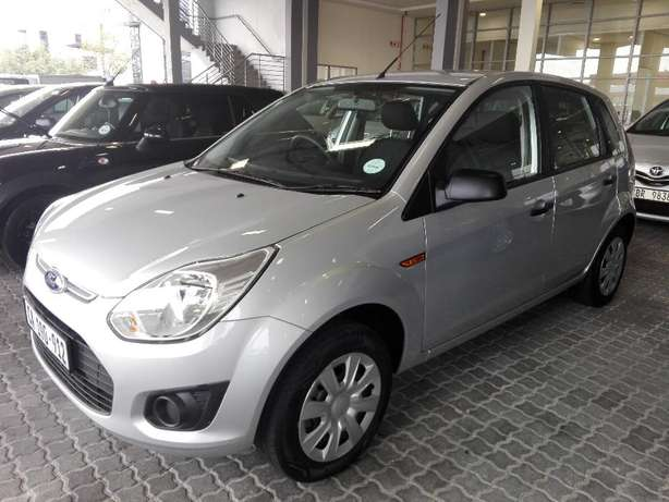 Ford Figo 1.4 Ambient (2016) Silver 16000km Goodwood - image 3