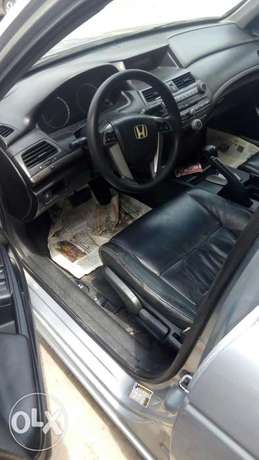 2011 Clean registered Honda Accord with leather seats available 2.3M Obalende - image 4