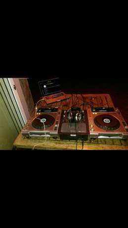 Club DeeJay with turntables for Hire friendly prices Kangemi - image 2