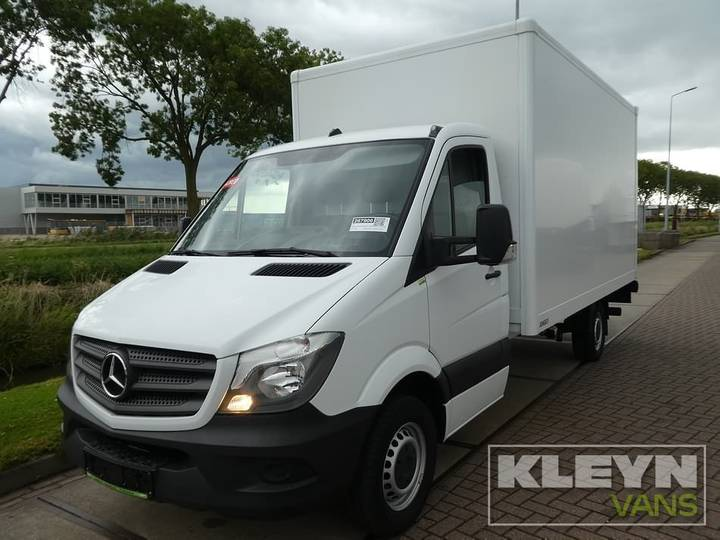 Mercedes-Benz SPRINTER 316 CDI bakwagen + laadklep - 2017