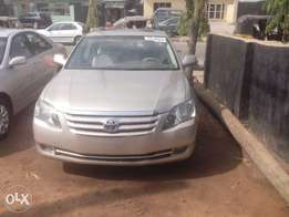 2006/07 Toyota Avalon for sale (Gold)