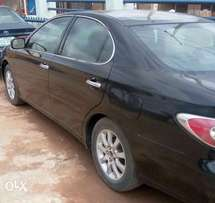 Lexus es300 neatly used by a wise man