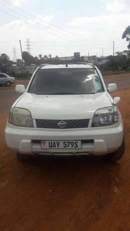 Nissan xtrail with perfect engine new tyres with perfect engine Kampala - image 3