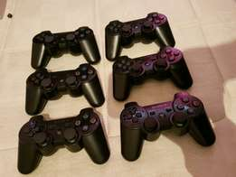 Sony dualshock 3 Ps3 controlers R399 original sony remotes contact 081