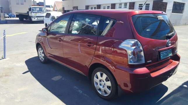 2005 toyota verso 1.6s 7 seater Cape Town - image 4
