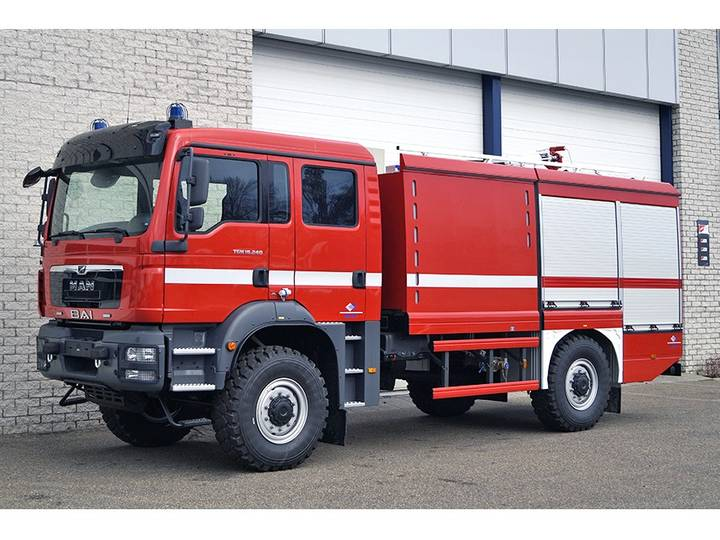 MAN TGM 18.240 BB 4X4 FIRE ENGINE TRUCK
